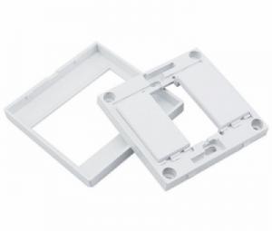 Mặt nạ âm tường HDMI, VGA, AV, USB Ugreen 20316