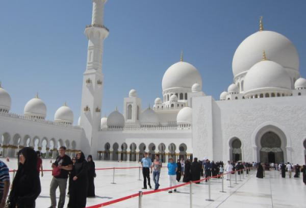 DUBAI – ABU DHABI 2017