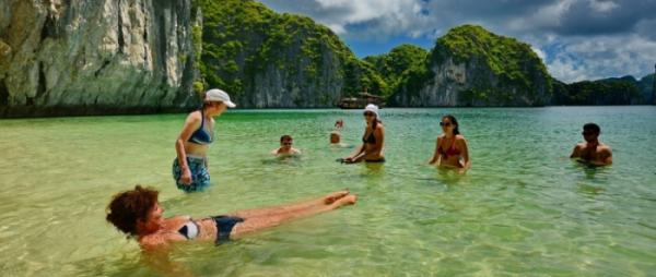 Halong Bay - Lan Ha Bay - Monkey Island Resort 3 Days 2 Nights